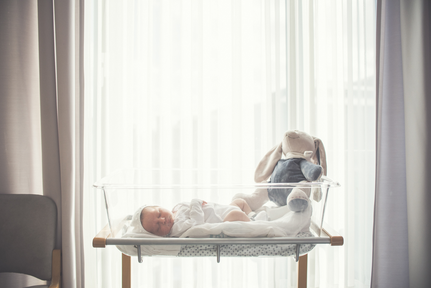 portfolio-fotos-bebes-recien-nacidos-ninos-mia-moments-hospitalbrugman-07.jpg