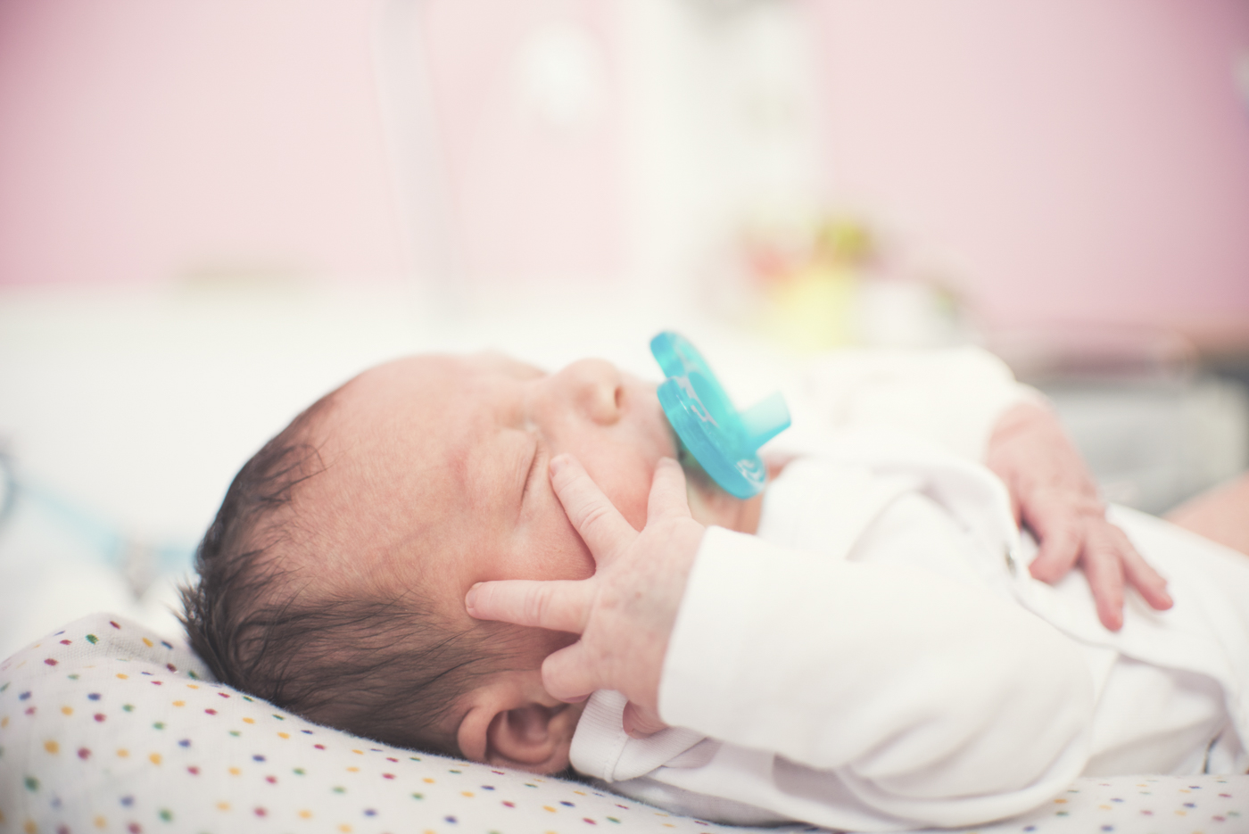 portfolio-fotos-bebes-recien-nacidos-ninos-mia-moments-hospitalbrugman-17.jpg