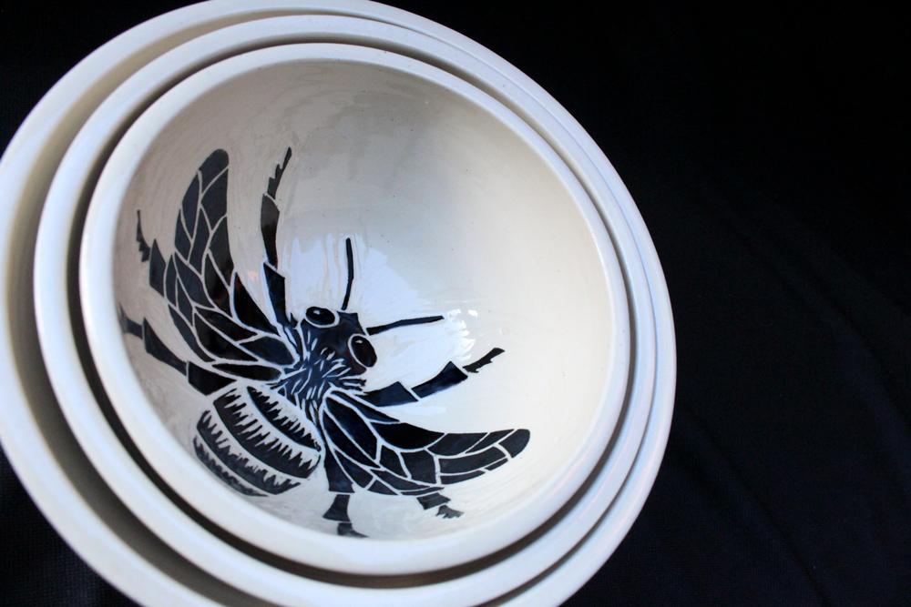 Nesting Bee Bowls