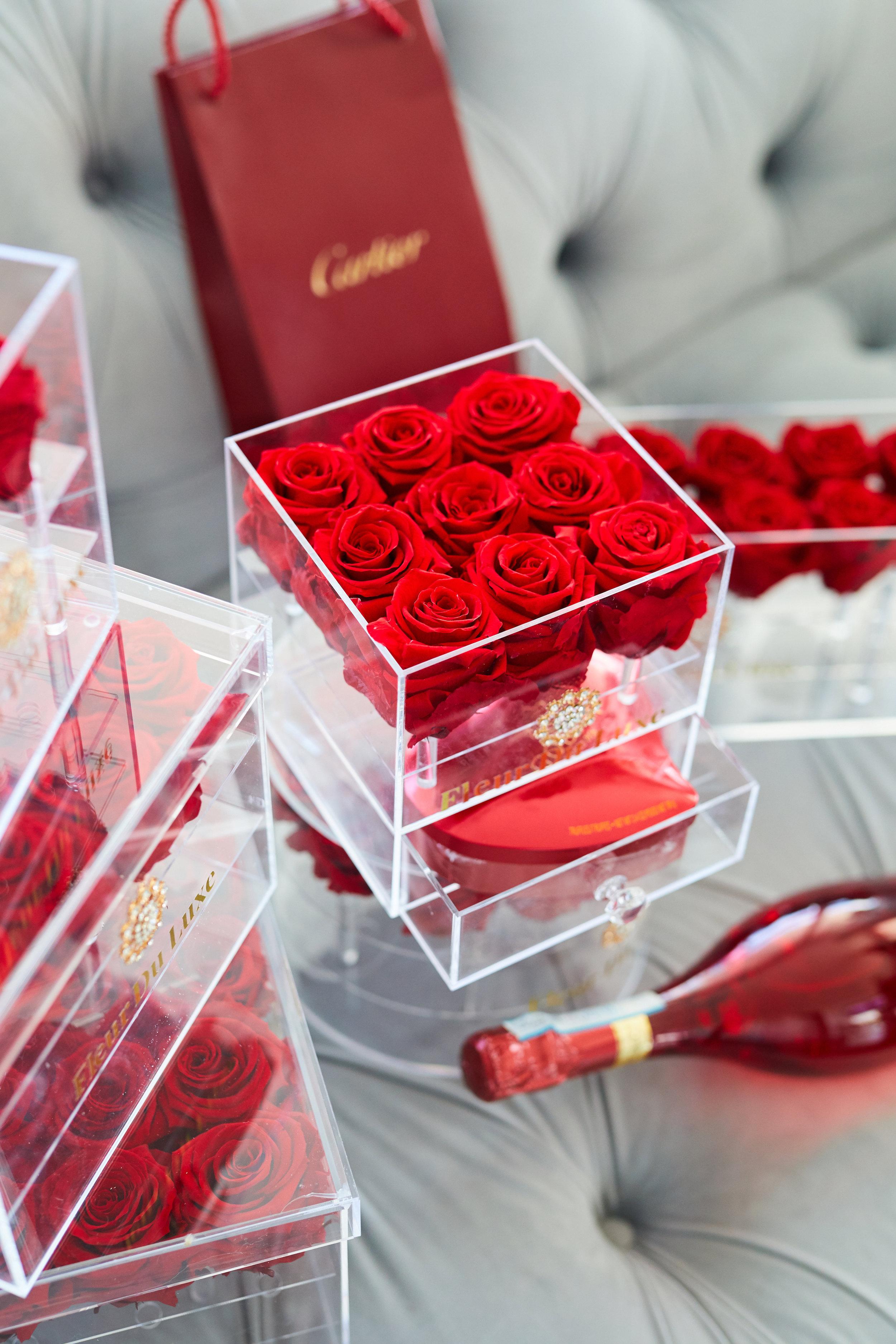 Acrylic Boxes with premium flowers -
