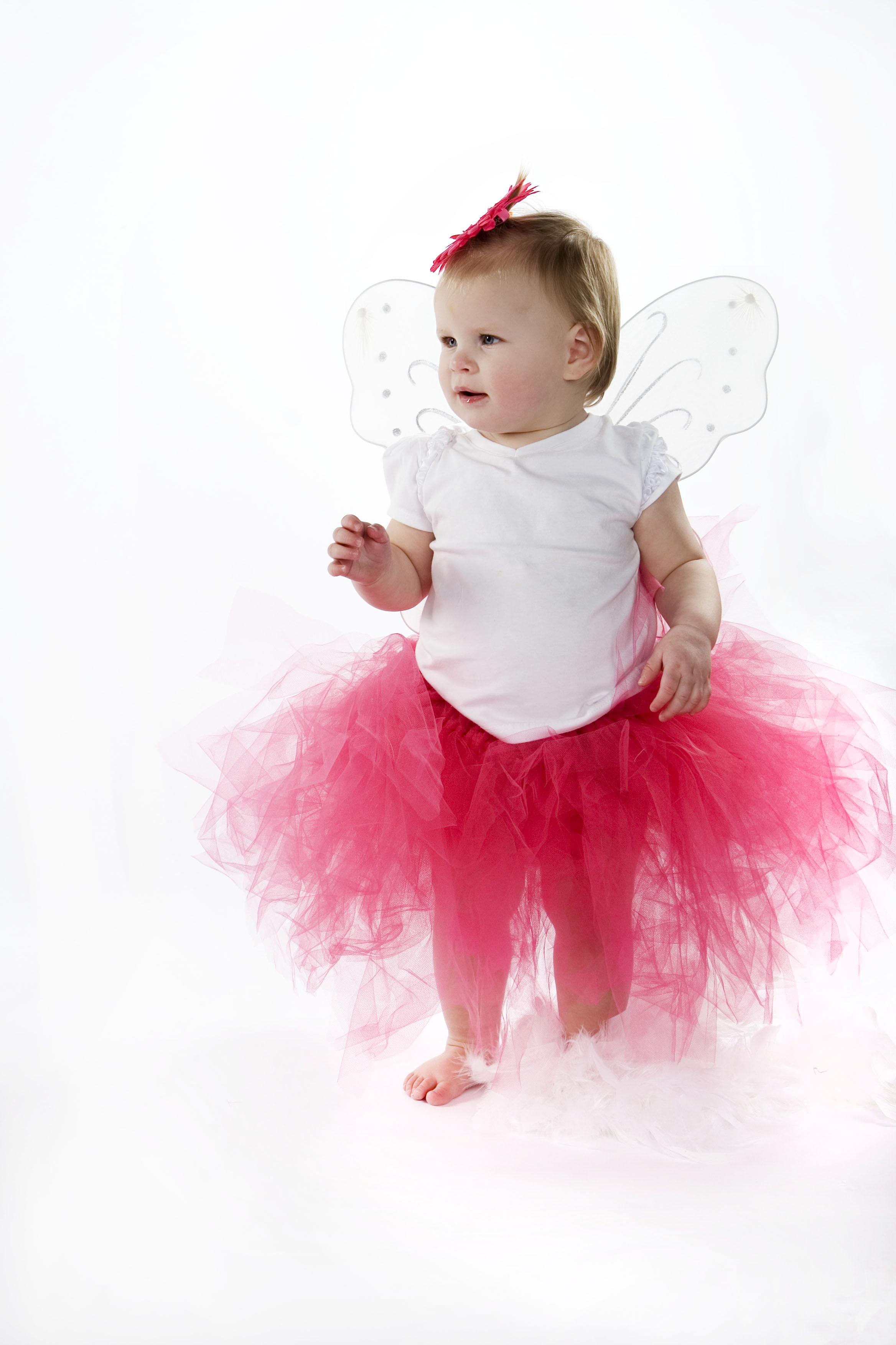 babygirlphotographylansingmichiganphotographersportraitstudiookemosmichigan.jpg