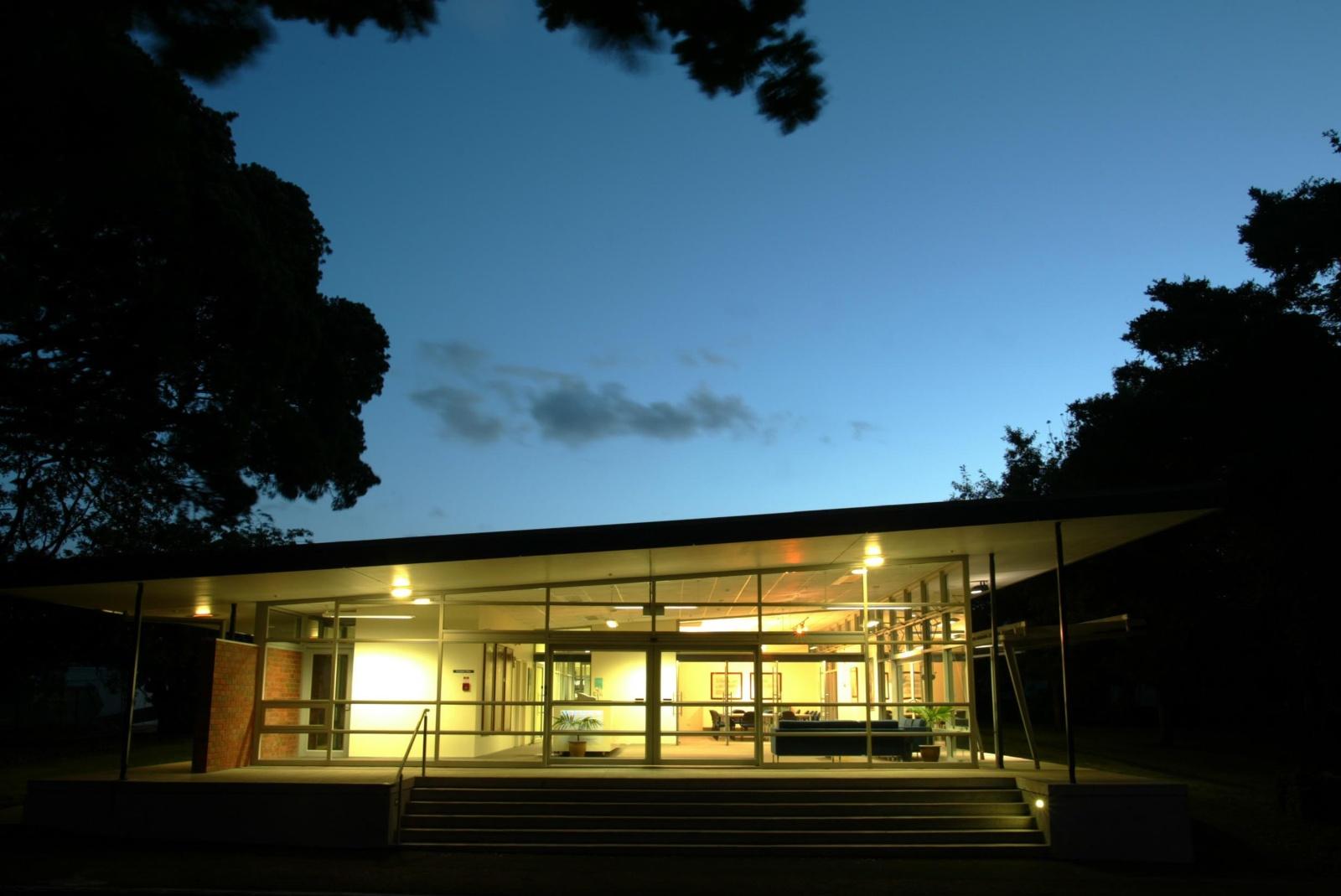 Epsom Girls Grammar - Administration Building (1)_web.jpg