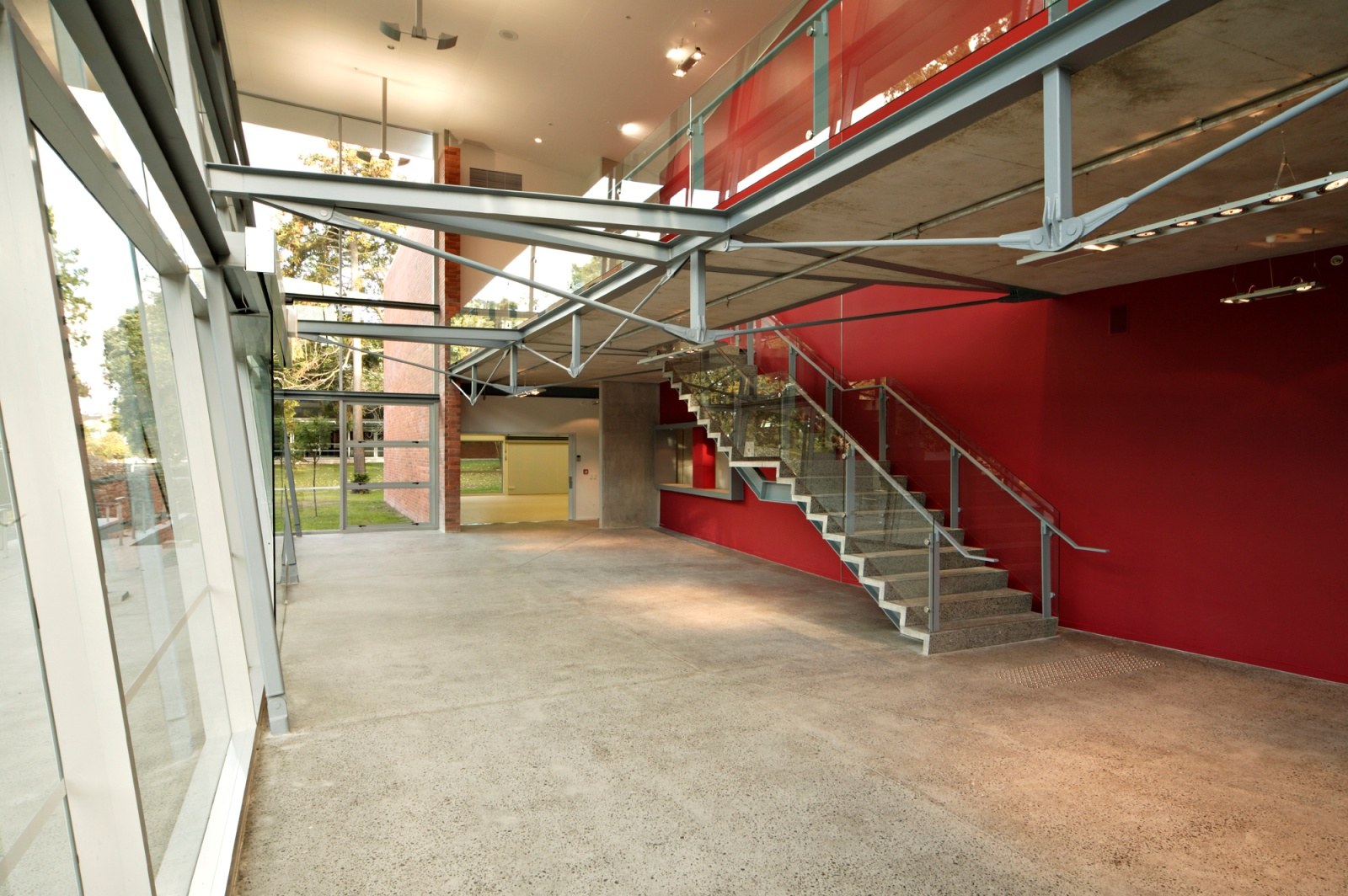 Epsom Girls Grammar - Ray Freedman Arts Centre (5)_web.jpg