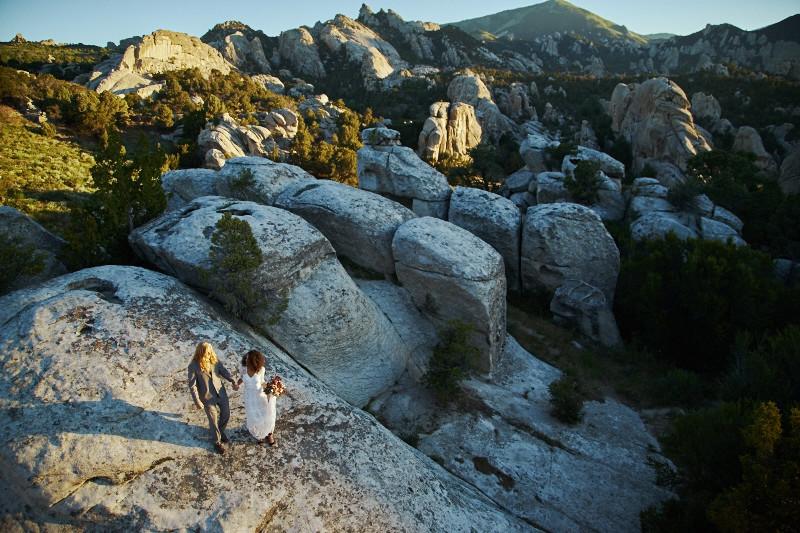 Adventurous Idaho elopement at dawn - Intrepid elopements by Yeoto Images Sarah Arnoff Yeoman