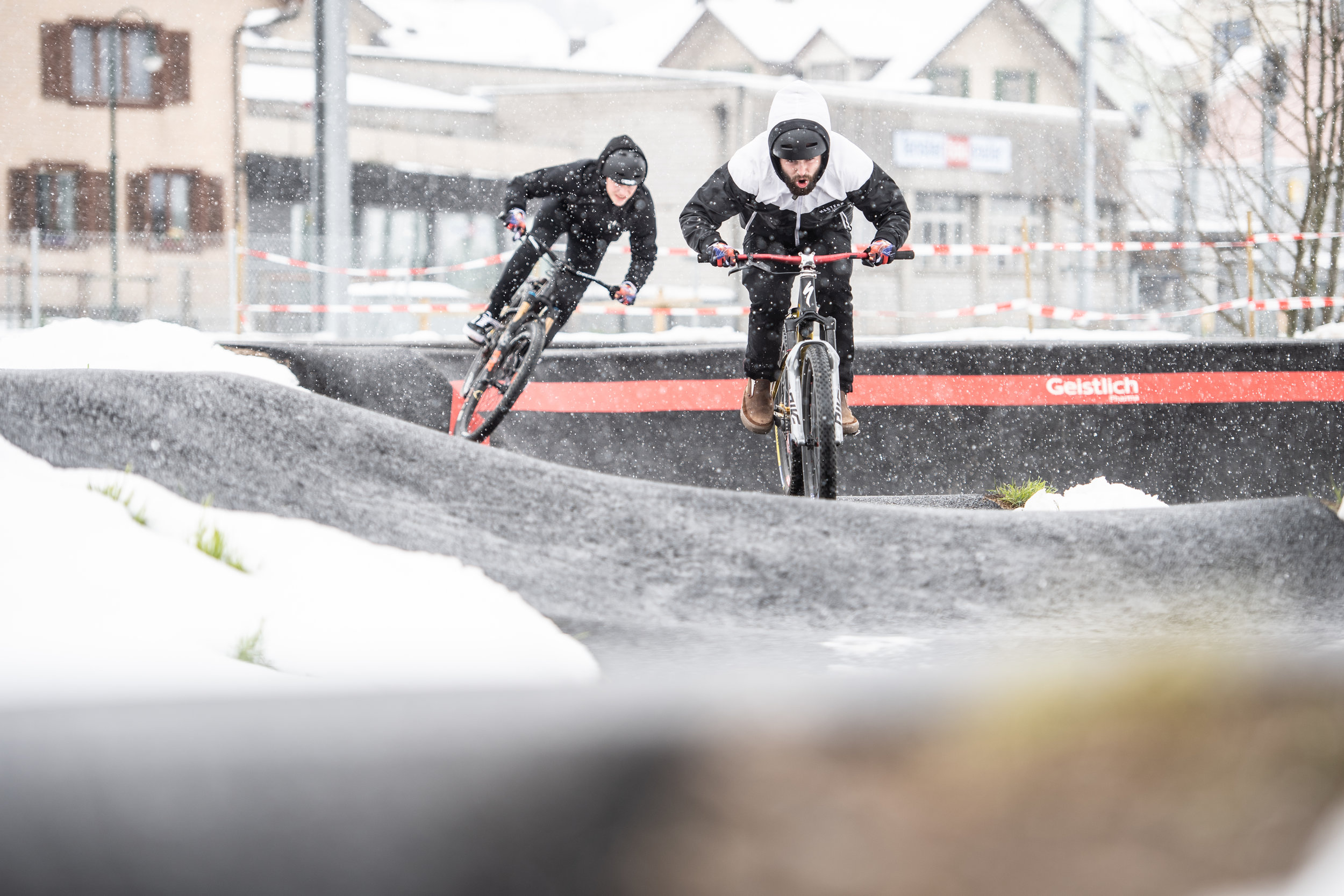 velosolutions_asphalt_pumptrack_schufheim_switzerland_dominik_bosshard-9566_46865003785_o.jpg