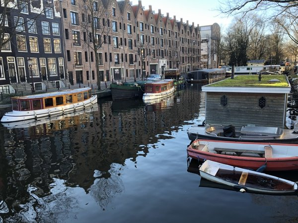 rsz_1amsterdam_winter.jpg