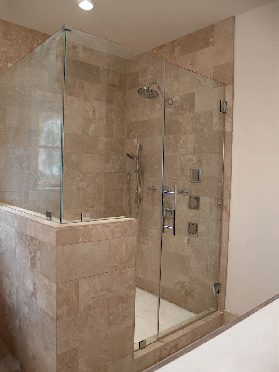 Signature Hinge Shower.jpg