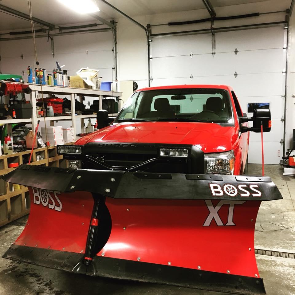 Ford F250 Poly 9'2 Boss V XT Snowflap