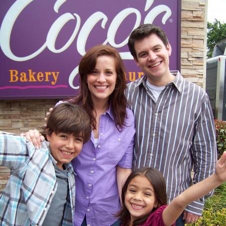 cocosfamilyshot.jpg