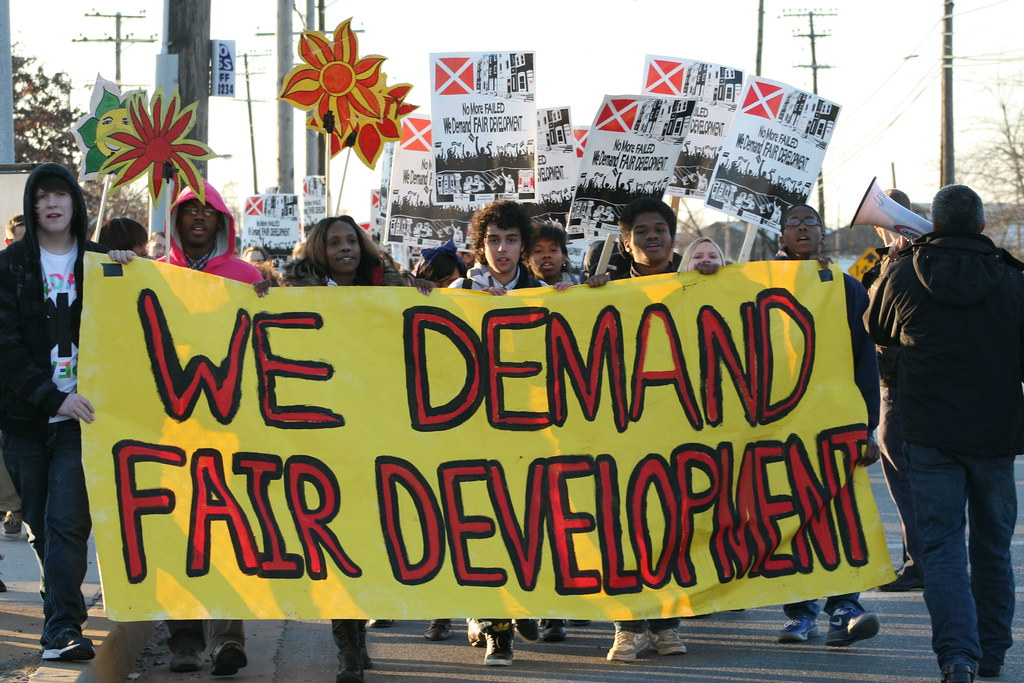 Benjamin Franklin High School students protesting a proposed incinerator in Curtis Bay, MD. Photo: United Workers.