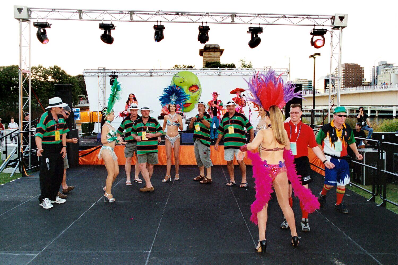 Brisbane - bring out the showgirls!