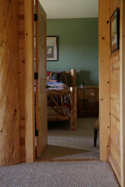 BedroomDoorLower.png