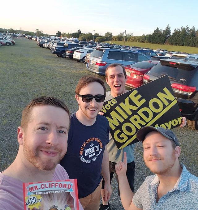 Already had an absolute blast and the night has just begun! Received a very warm welcome from the #Phish family as we handed out flyers in the parking lot and tried to spread the word about tonight's hang! Hope to see you all there #Charlotte!