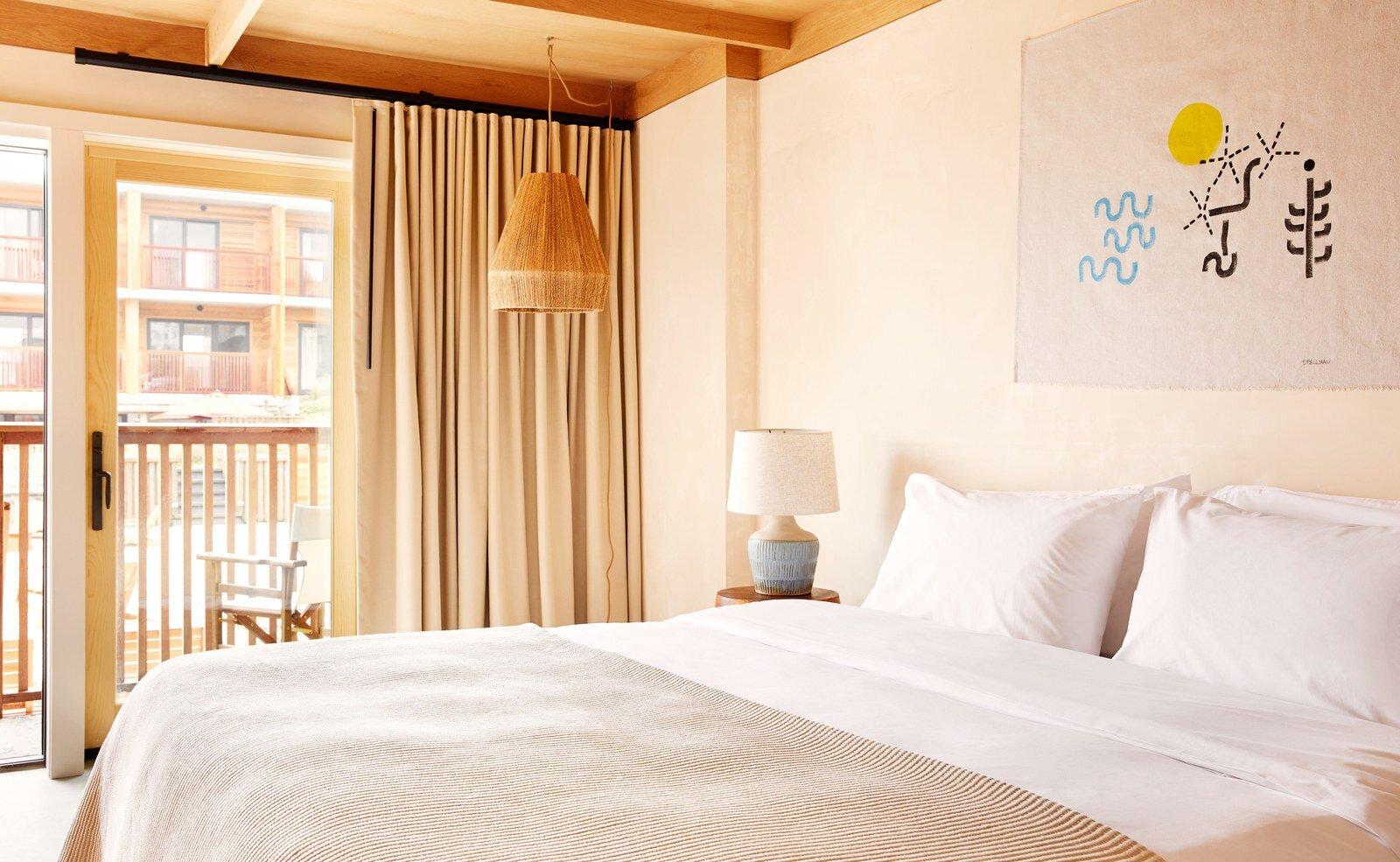 01-montauk-hotel.jpg