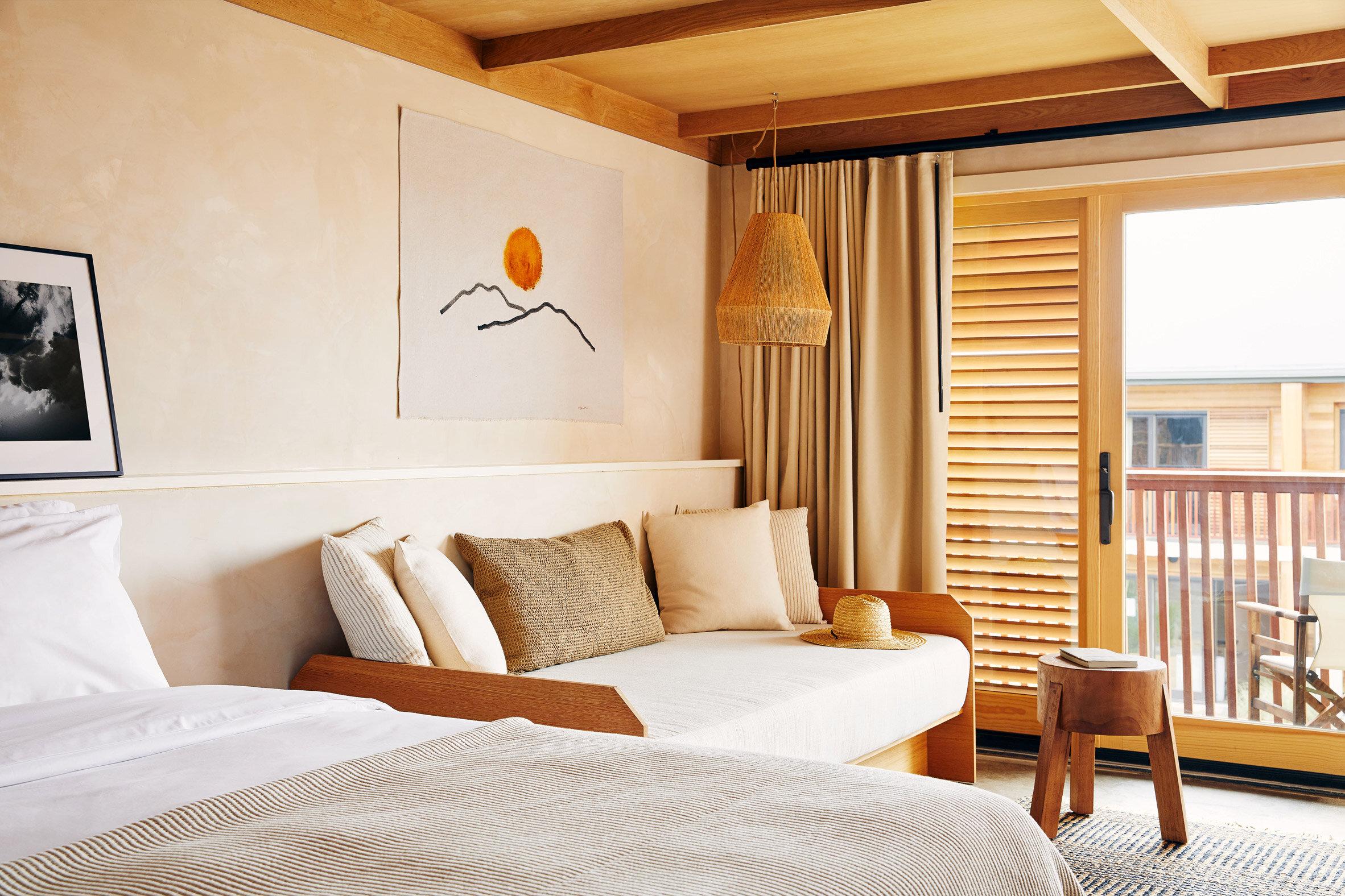 marram-hotel-bridgeton-studio-tack_dezeen_2364_col_2.jpg