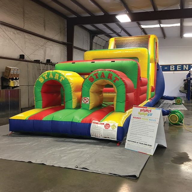 What do you do when the weather is crummy but your 9-year old little girl has her heart set on an inflatable obstacle course for her party? 🤔  Why you have us set it up inside your auto repair shop, of course! 🎉  We make every effort to ensure that your party day is not only fantastic but as stress-free as possible. You can't always rely on the weather, but you CAN rely on us to set you up for success! 👌  We know there's a lot to consider in the days and weeks leading up to your special day, so we've created a handy new checklist to make sure that all the bases are covered! 🎈  Get your free copy on our website, link in bio! 🔗