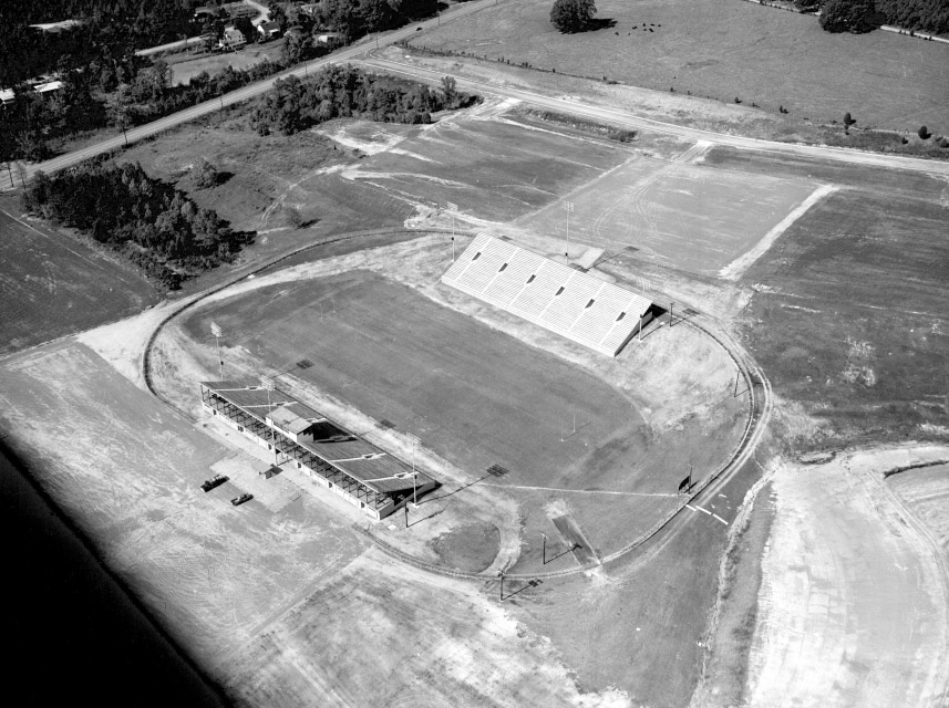 countystadium_1_1960.jpg