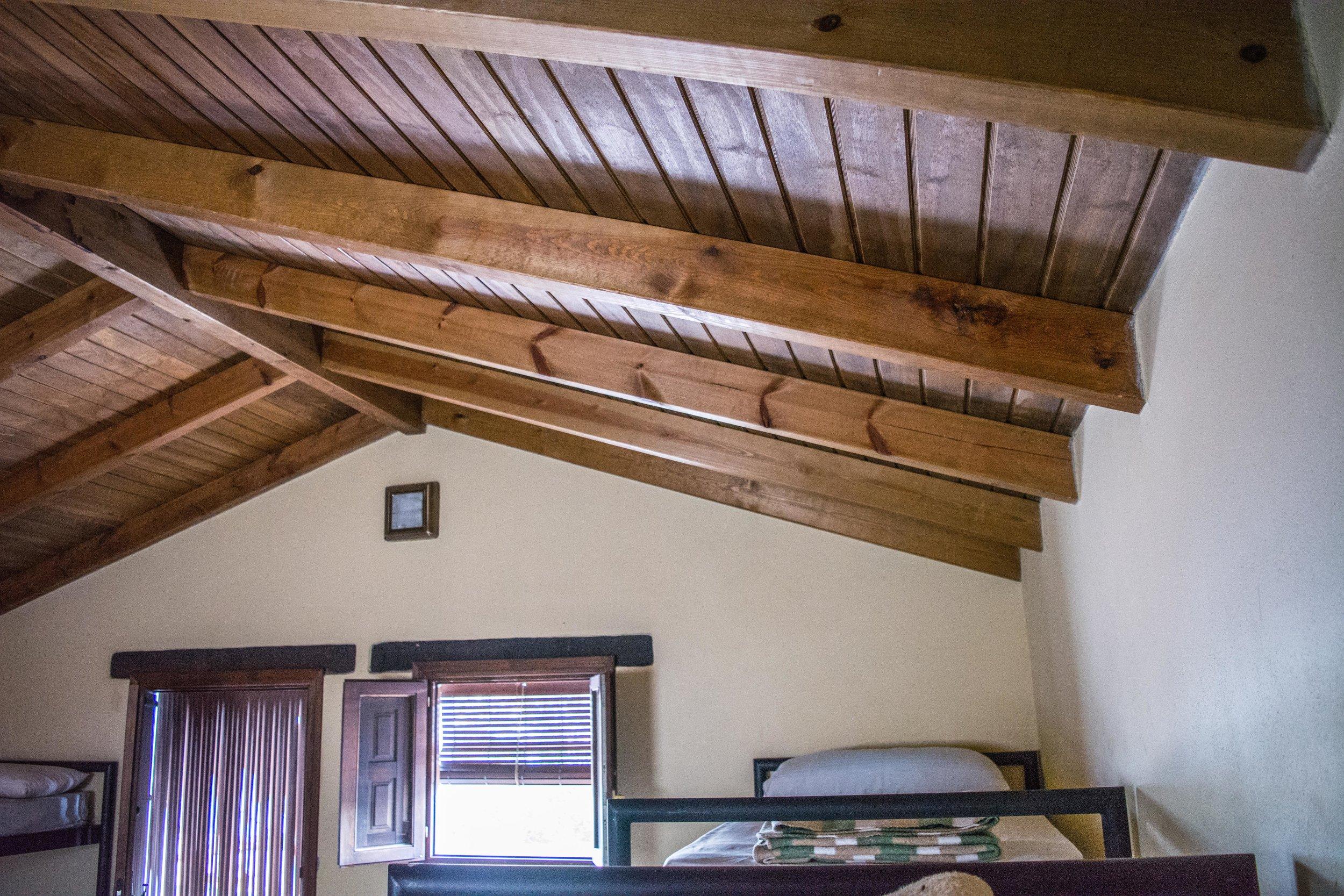 Disponemos de Nuevas Cabañas - Nuevas cabañas de ladrillo_Nuevas cabañas de ladrillo, con tejado interior de madera aislante y bien equipadas para un buena estancia en la naturaleza.