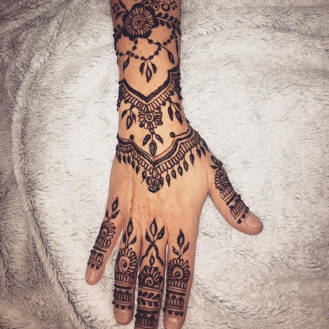 The Haus of Henna