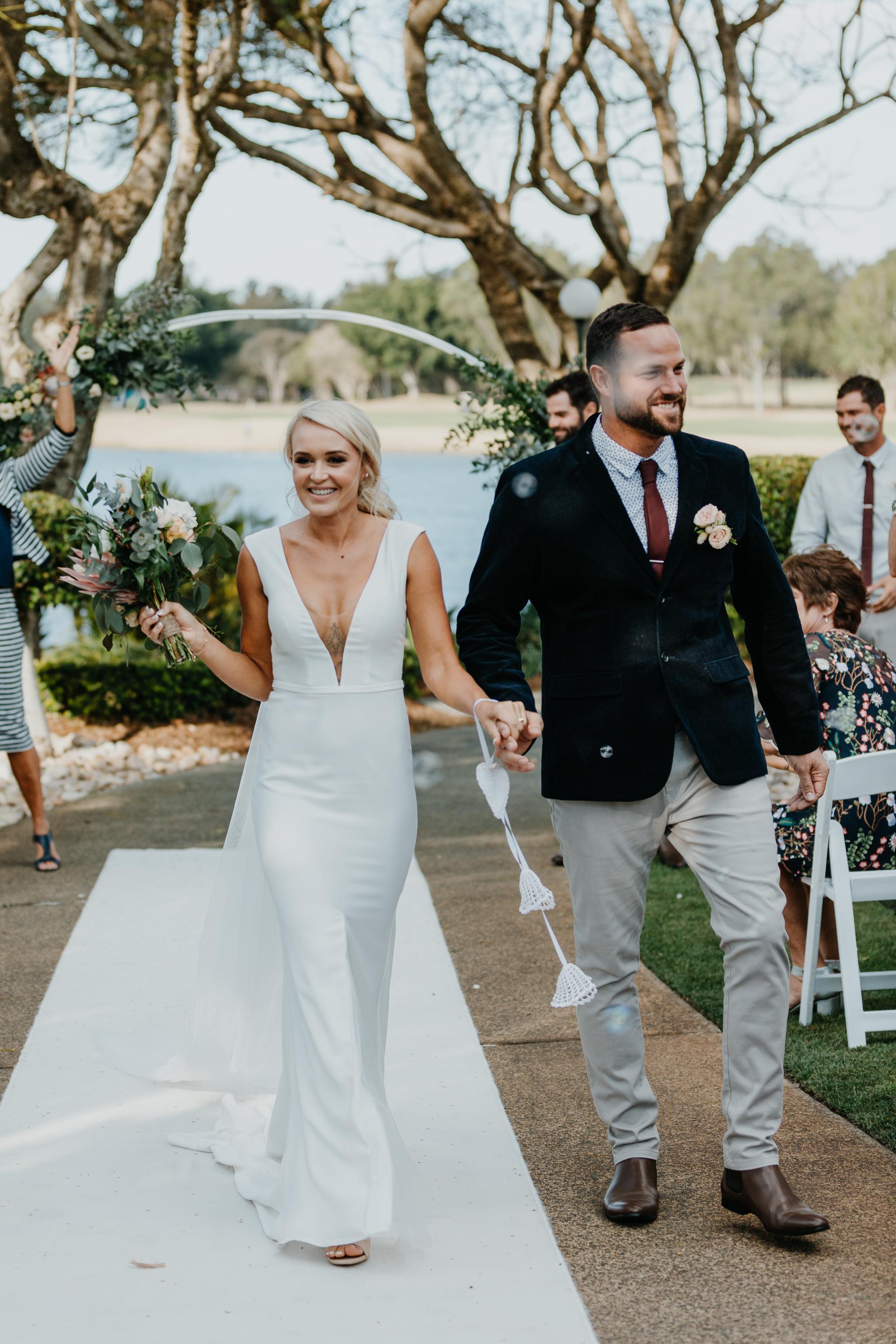 Anna & Logan - Lakelands Golf Course Wedding-240.jpg