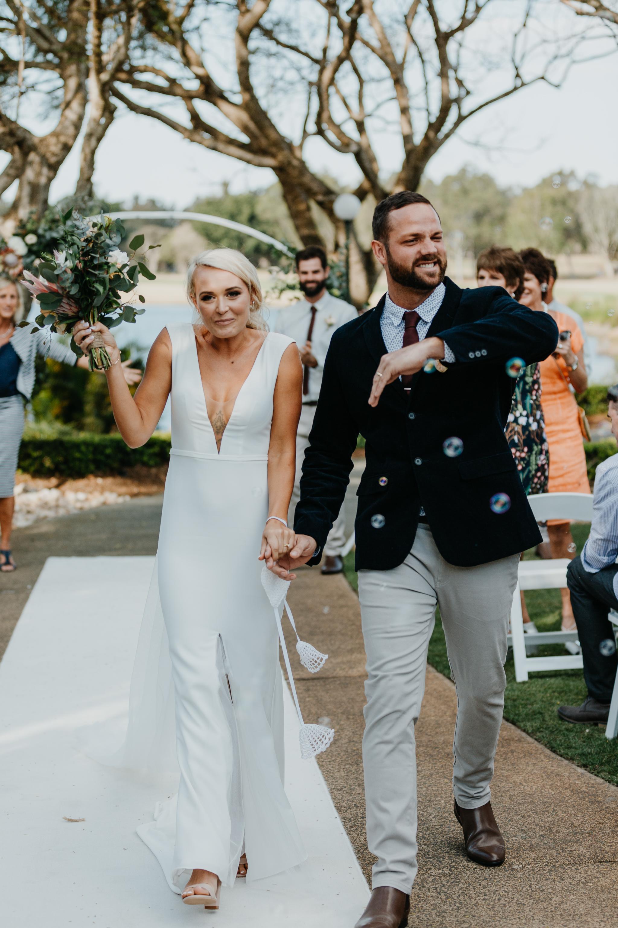 Anna & Logan - Lakelands Golf Course Wedding-241.jpg