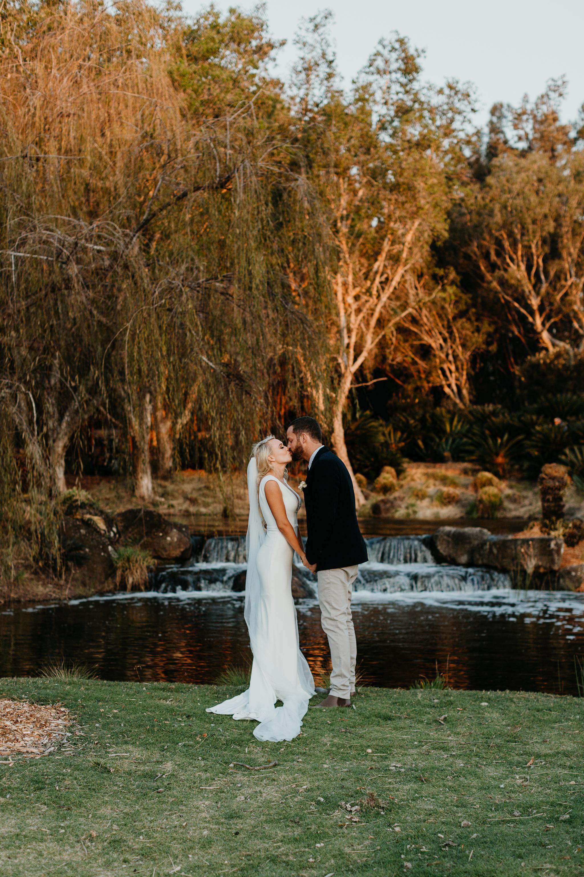 Anna & Logan - Lakelands Golf Course Wedding-351.jpg