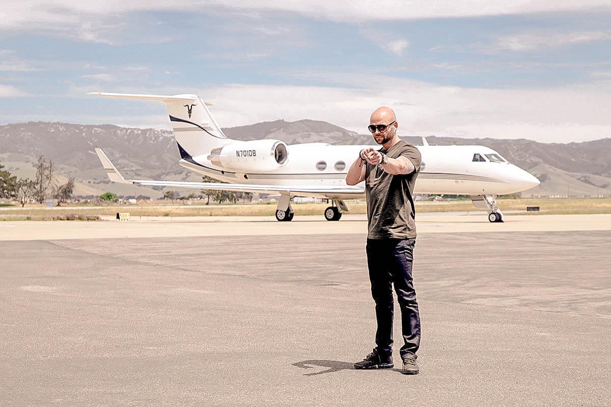 Matt-Morgan-Private-Jet.jpg