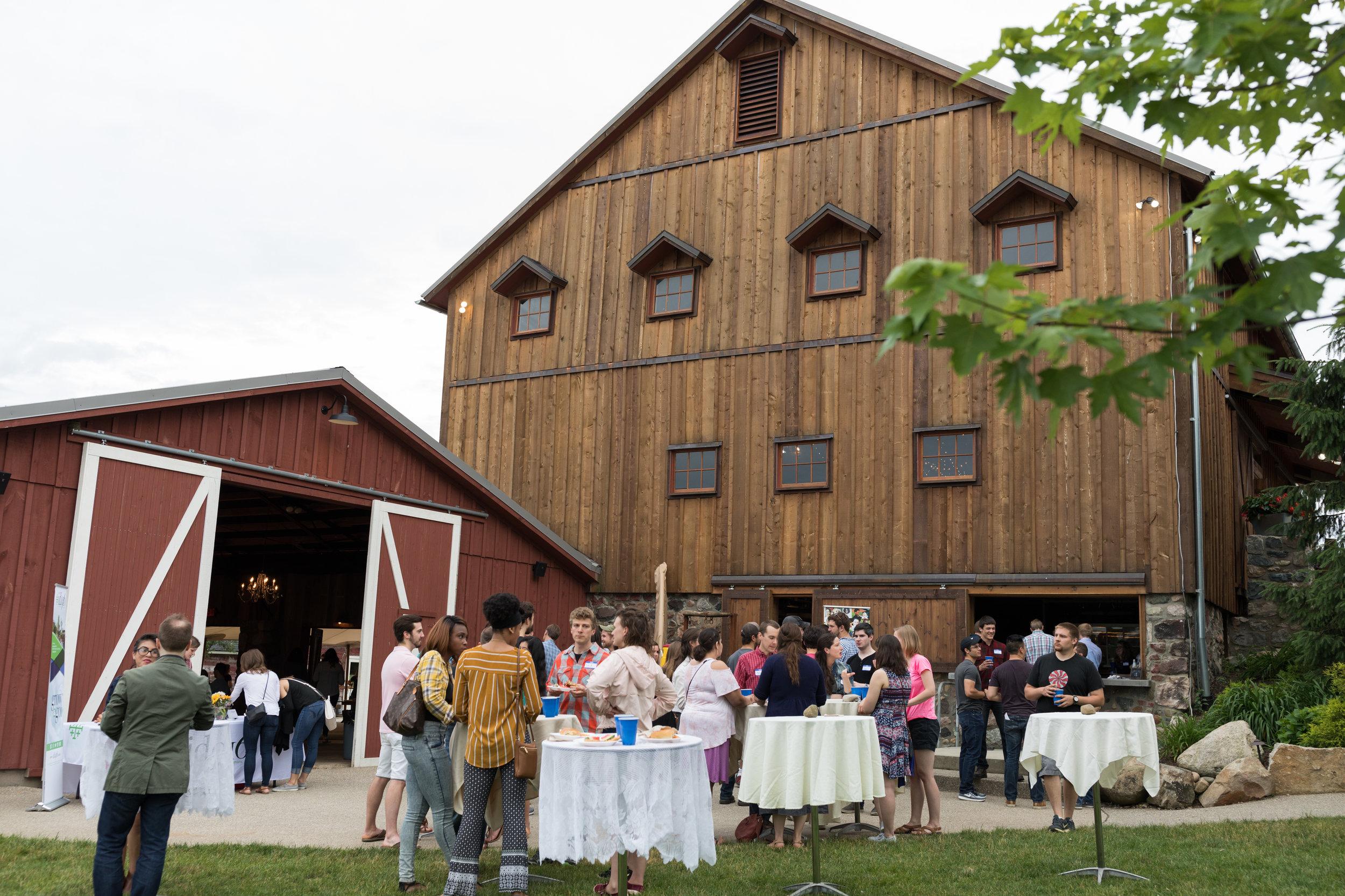 062018_id916_barn_party_118.jpg