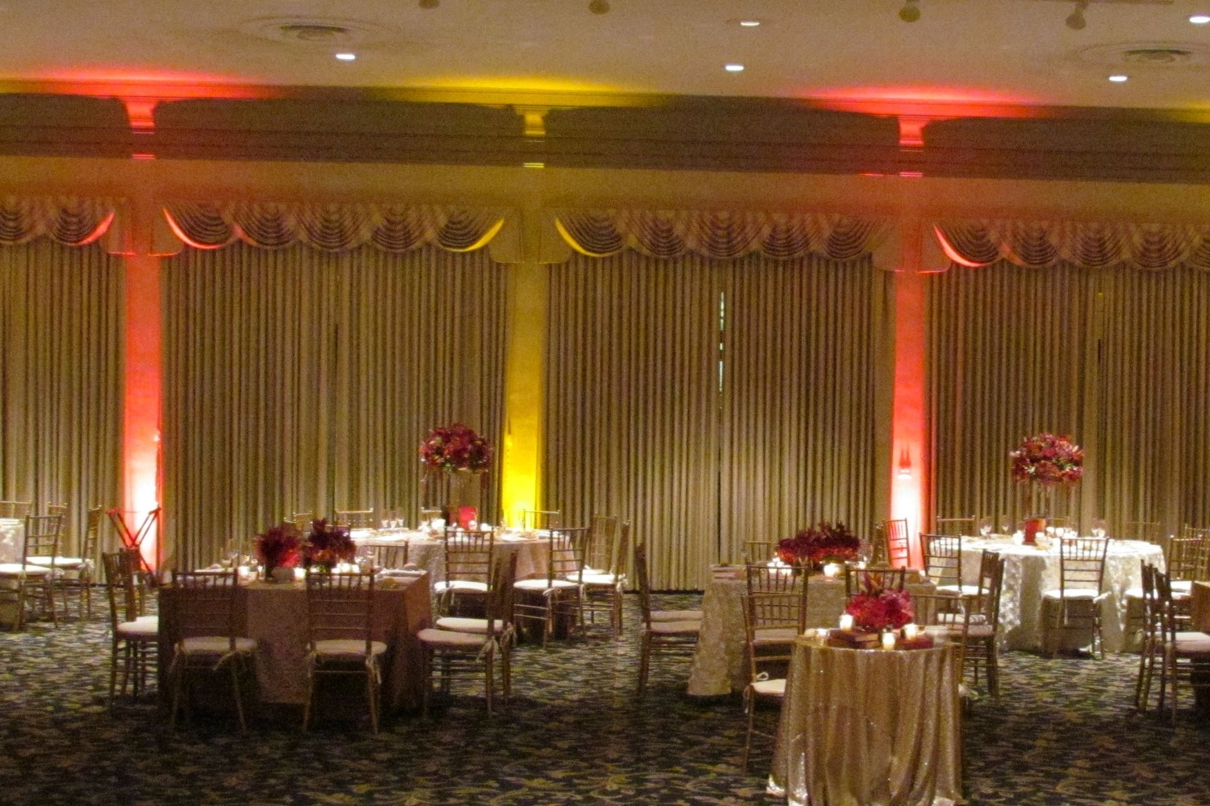 Freehof Hall:  the main banquet and reception space at Rodef Shalom. The room can accommodate an estimated 400 guests for a seated reception or 300 guests with a reception and dance floor. To further enhance your enjoyment of Freehof Hall, you may utilize Wechsler Gallery which is included in the rental fee.