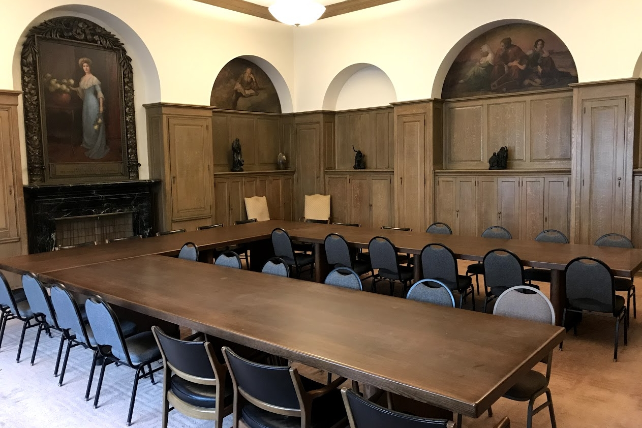 Falk Library:  a stately room well suited for meetings, presentations, and workshops with accommodations for 35 people.