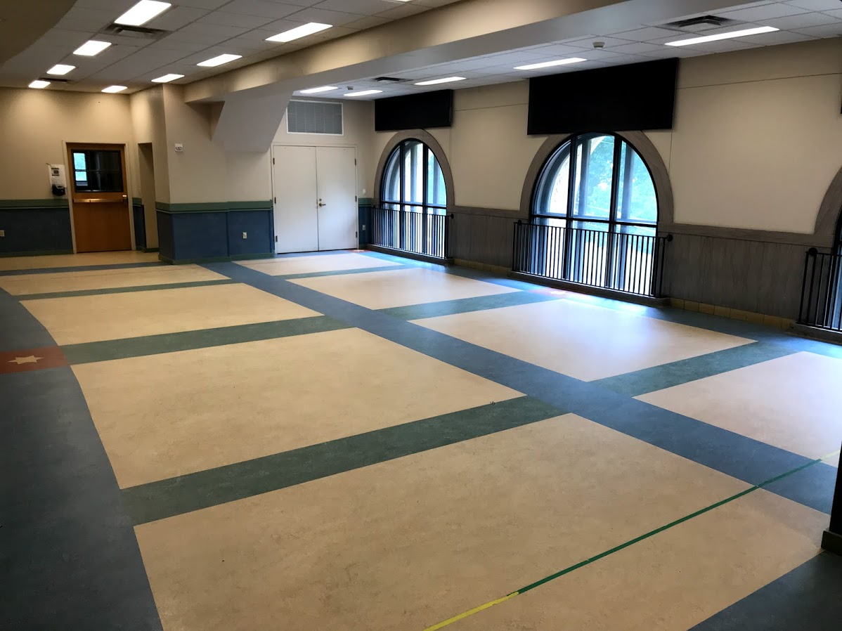 Multipurpose Room:  can accommodate approximately 40 people for a seated meal and often used for a variety of activities such as children's parties, meetings, or workshops.
