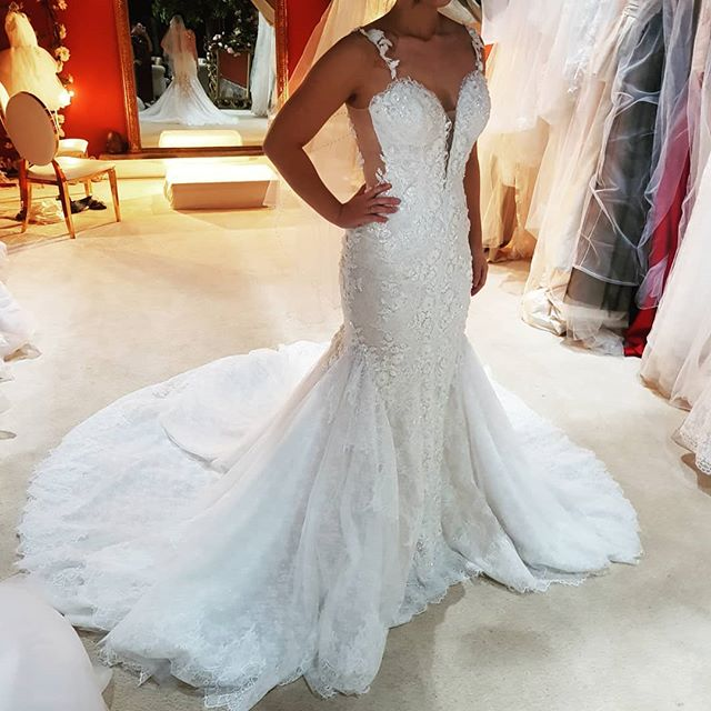 How to find the perfect dress... Come and talk to our specialist at Blanche elegance.  Don't miss the chance to purchase this amazing gown at 70% off sample sale.  www.blanche-elegance.com Sample sales . Upto 80% off. Info@blanche-elegance.com  #weddingblog #weddingideasbrides #weddingwowfactor #weddingstyling #weddingideas #weddinggown