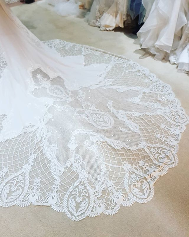 The perfect lace. In our Sophia dress.  Don't miss the chance to purchase this amazing gown at 70% off sample sale.  www.blanche-elegance.com Sample sales . Upto 80% off. Info@blanche-elegance.com  #weddingblog #weddingideasbrides #weddingwowfactor #weddingstyling #weddingideas #weddinggown