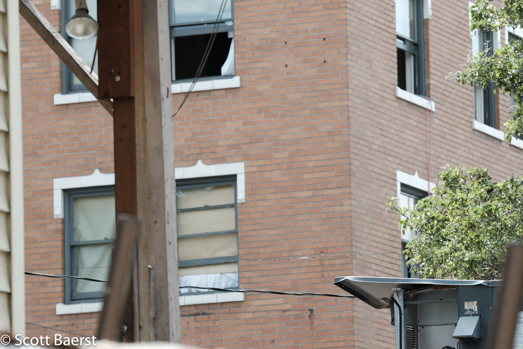 Apartment where a suspect in a domestic violence incident barricaded himself on 30 May 2018. Granada apartments, Capitol Hill, Seattle.