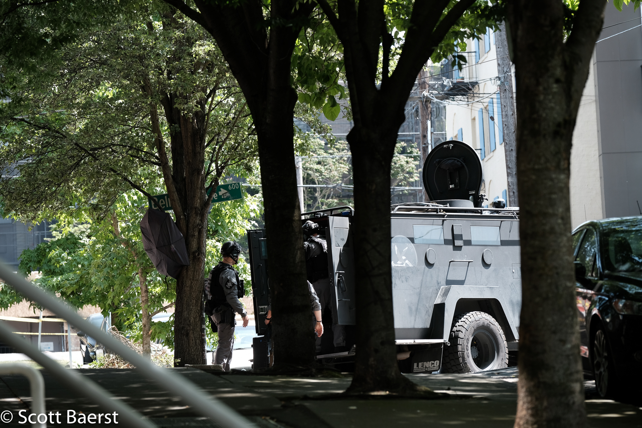 Capitol Hill Domestic Violence standoff 30 May 2018 (21 of 23).jpg