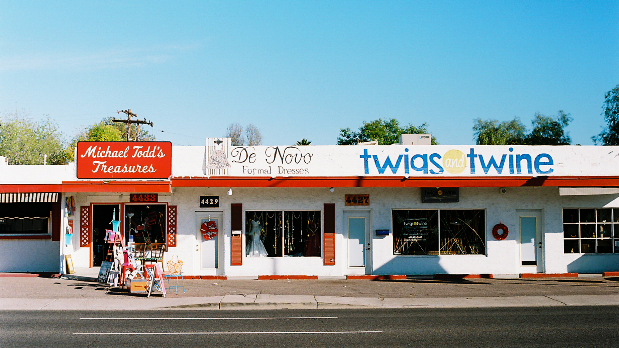 Twigs and Twine, Melrose, Phoenix, December 2018.