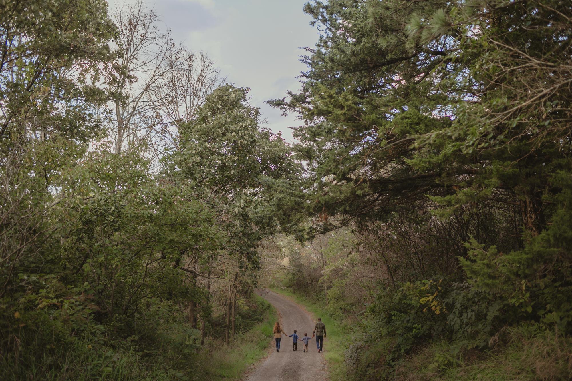 omaha-family-photographer-meadows-9.jpg
