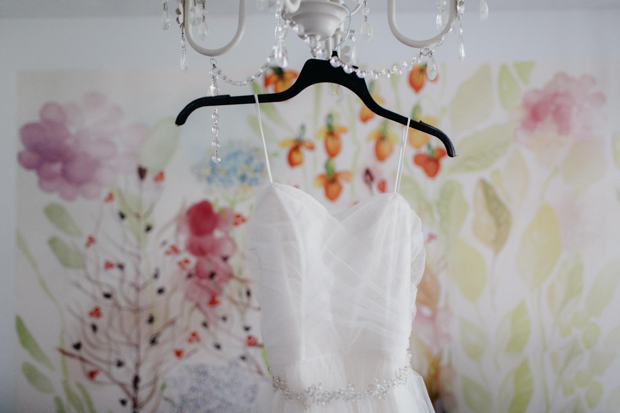 omaha-wedding-photographer-meghan-time-2.jpg