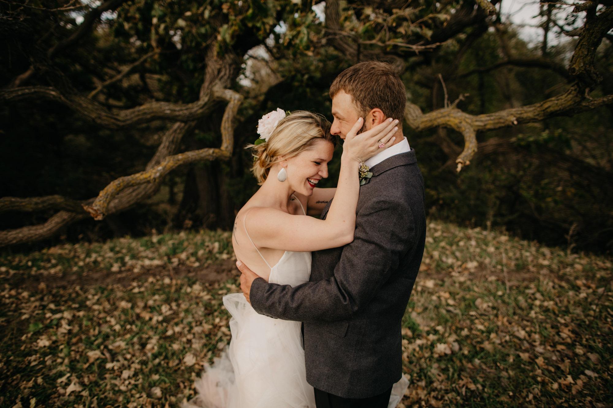 omaha-wedding-photographer-meghan-time-34.jpg