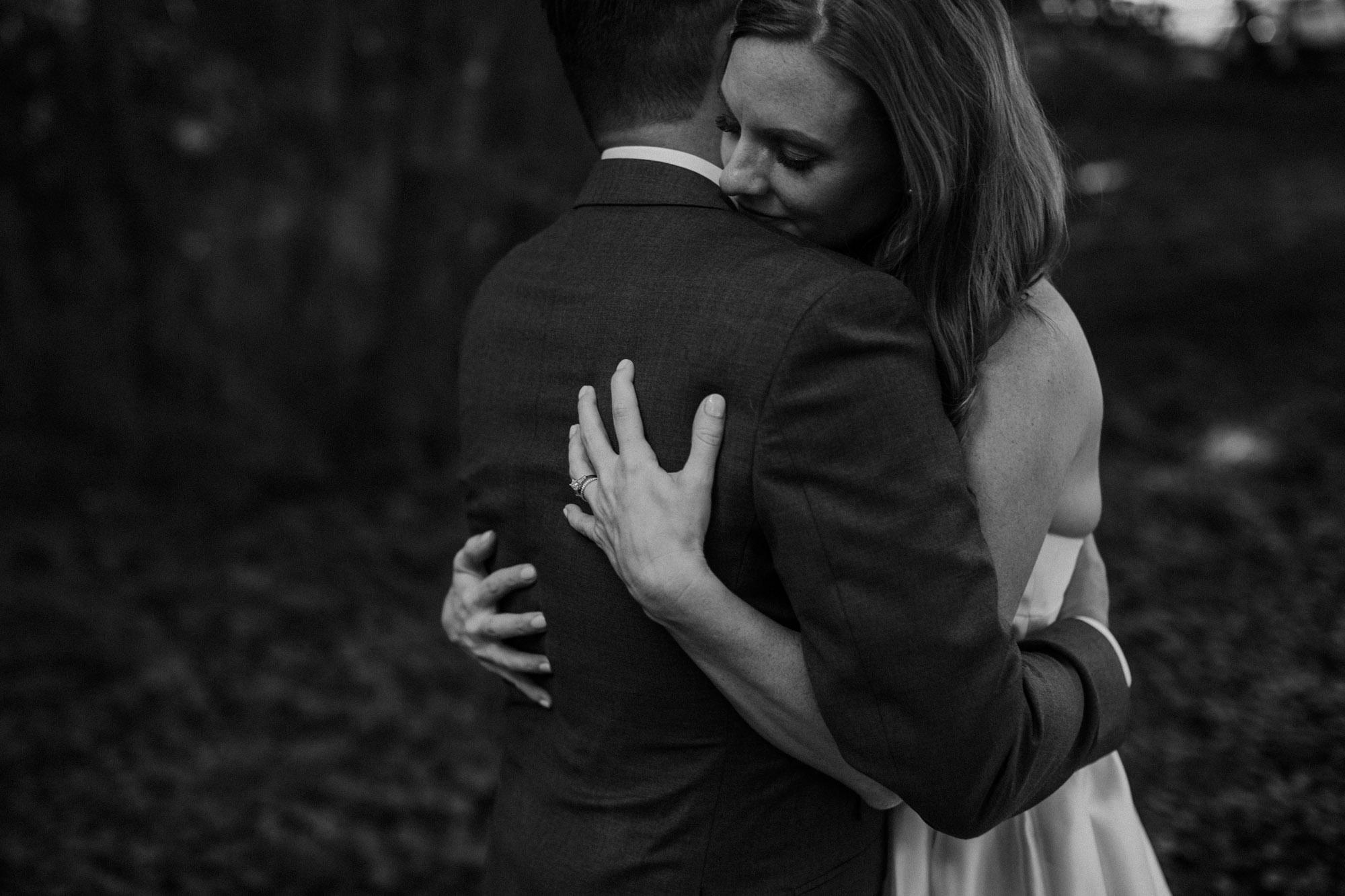 elmwood-park-wedding-photographer-nicole-jon-26.jpg