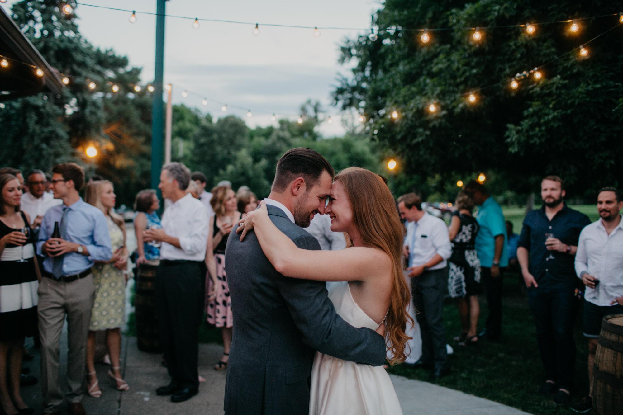 elmwood-park-wedding-photographer-nicole-jon-33.jpg