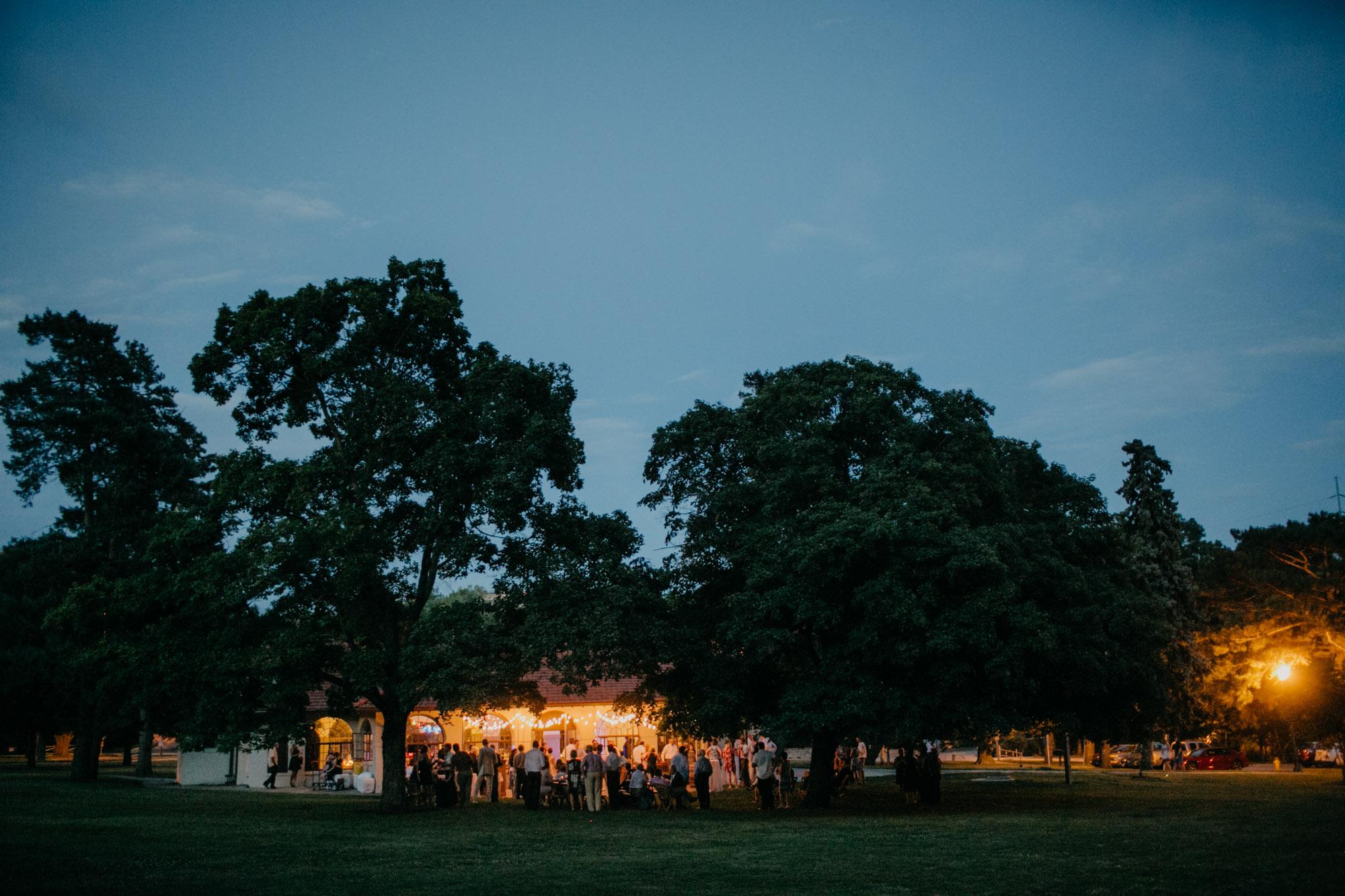 elmwood-park-wedding-photographer-nicole-jon-35.jpg