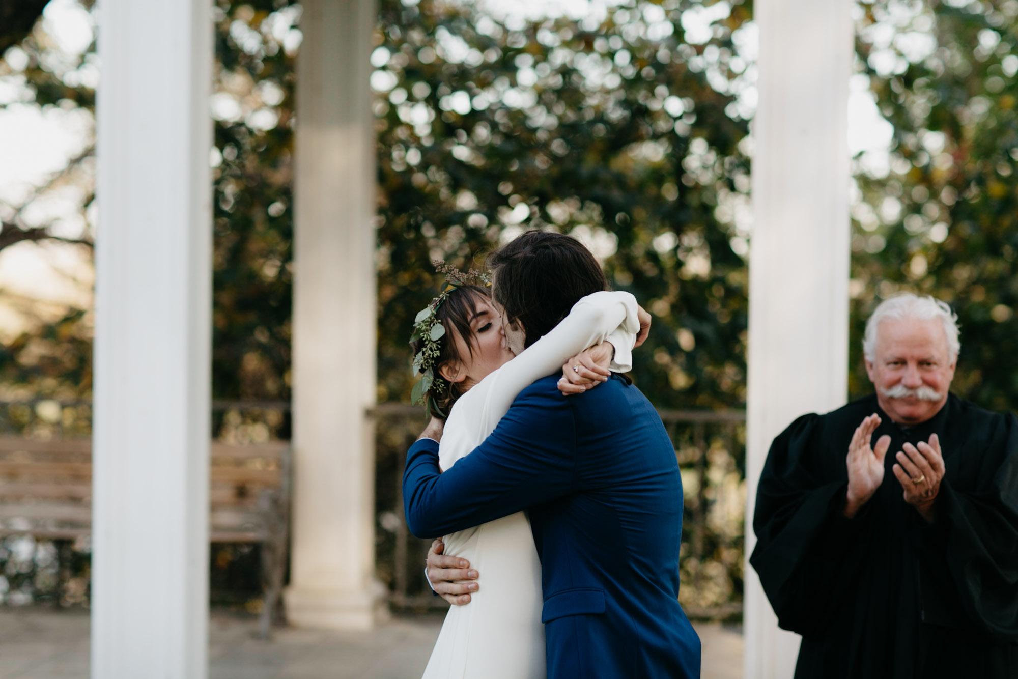 omaha-elopement-photographer-26.jpg