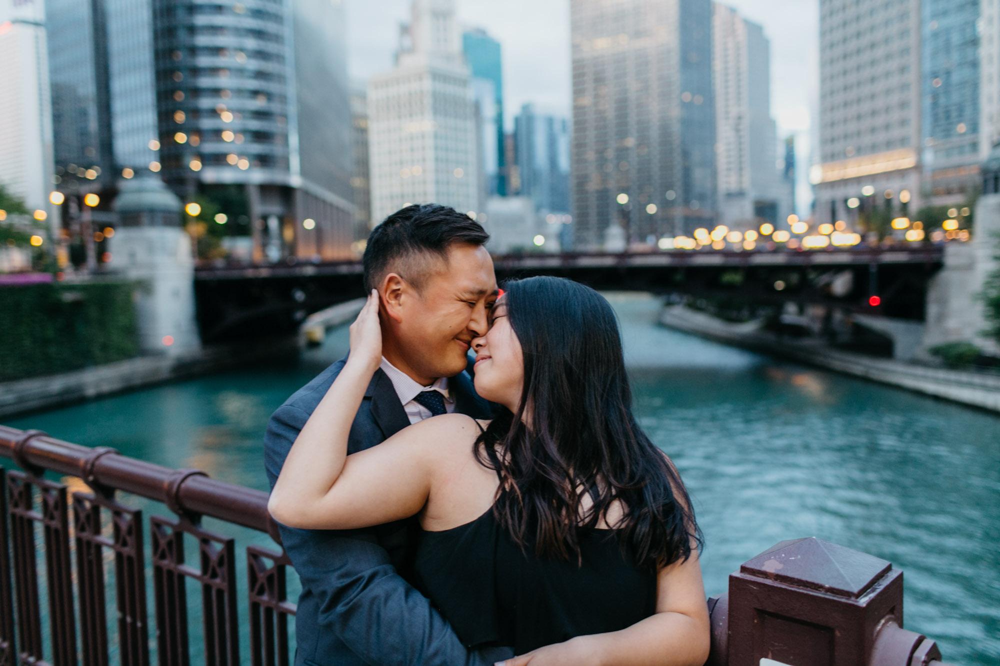 chicago-engagement-photographer-11.jpg