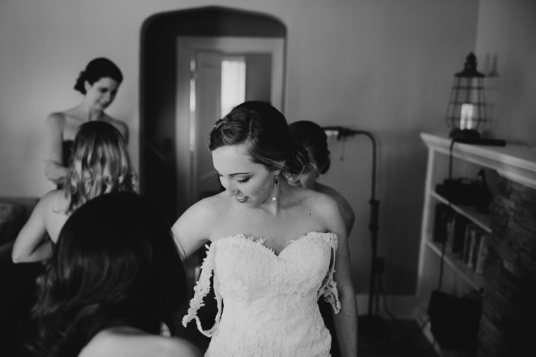 omaha-wedding-photographer-131.jpg