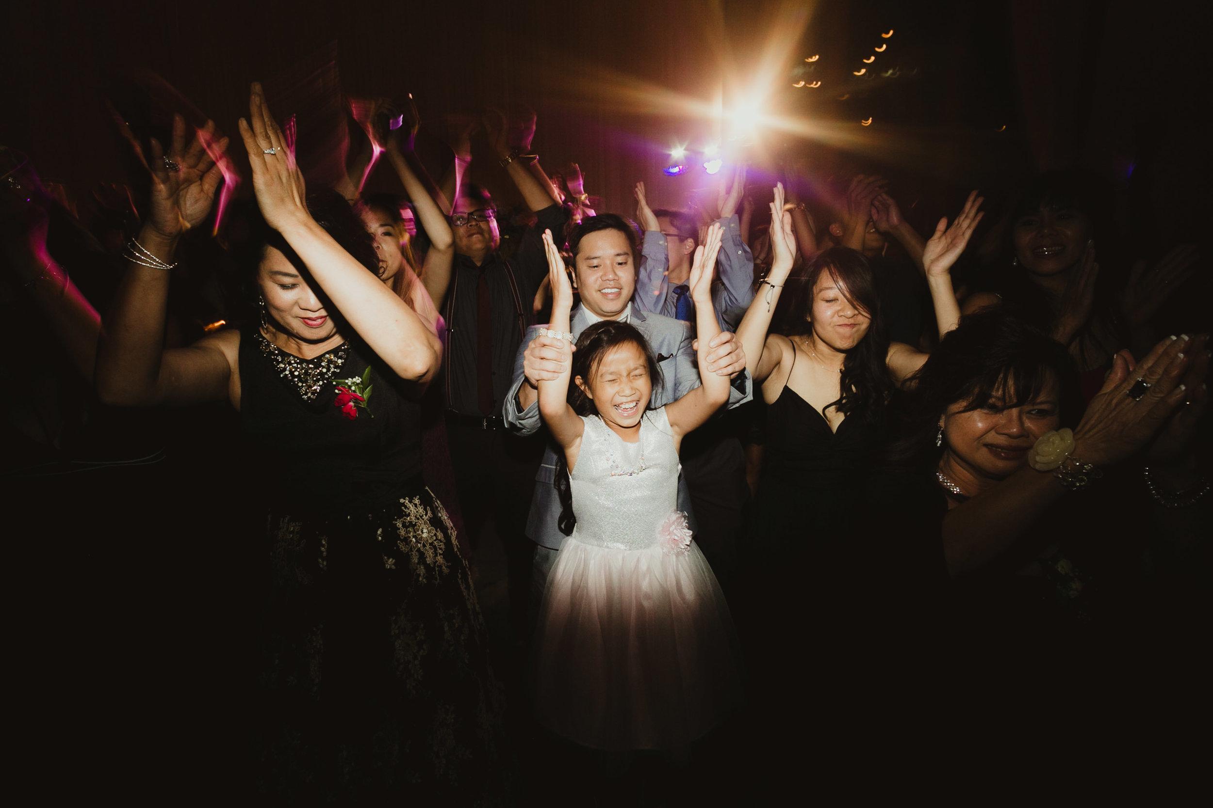 kansas-city-wedding-photographer_054.jpg