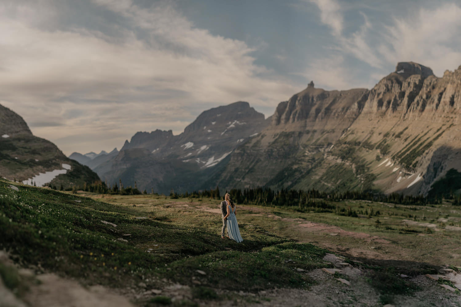 glacier-national-park-engagement-photographer-23.jpg