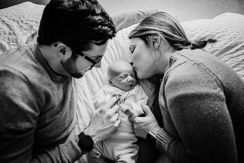 lancaster_newborn_lifestyle_photography_16.jpg