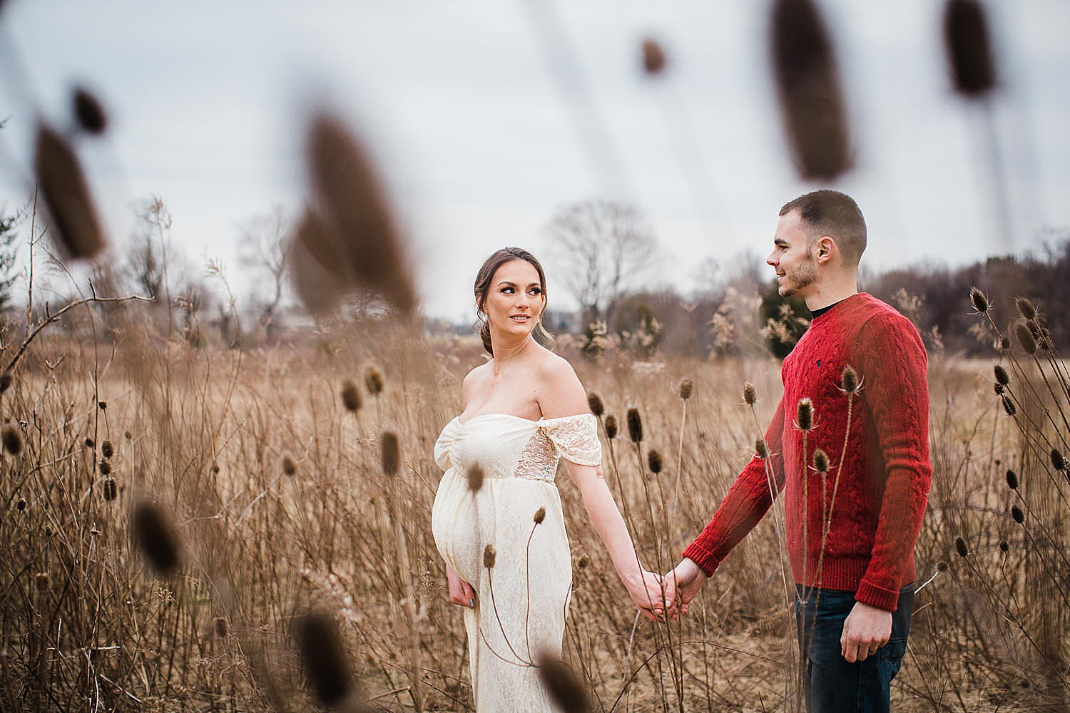 winter maternity session in Lancaster, pa at Overlook Park