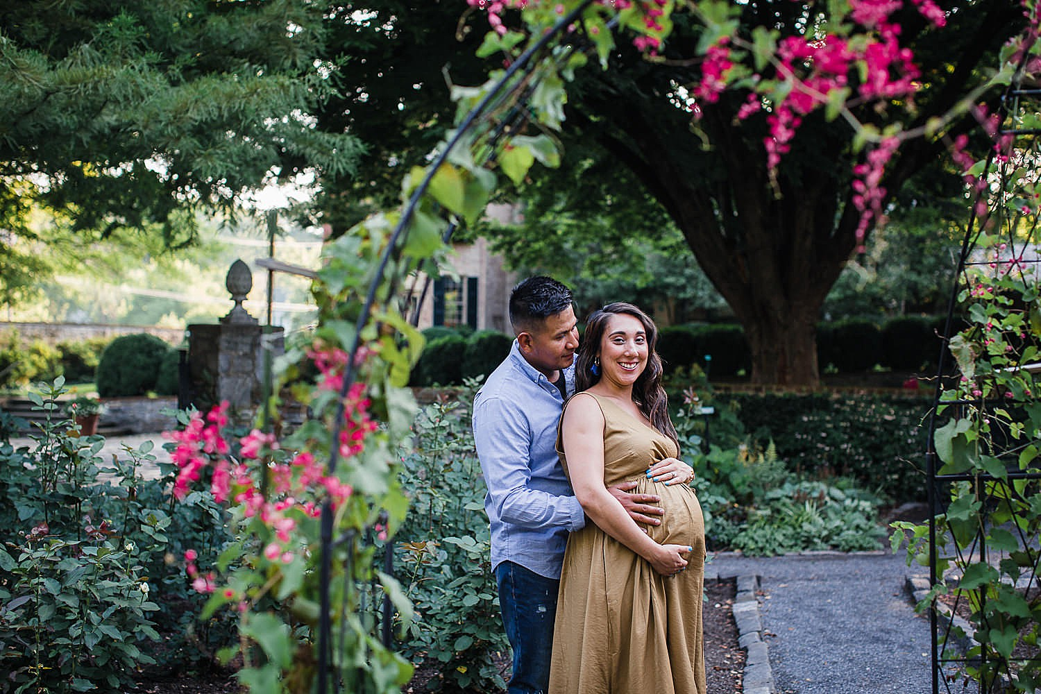 Conestoga House and Gardens Summer Maternity Session in Lancaster PA